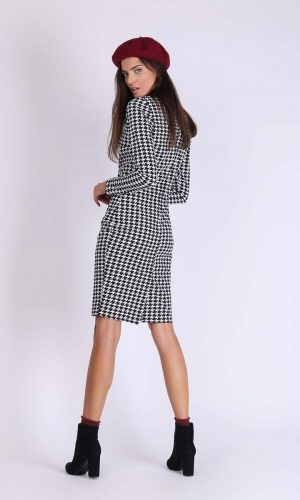 BACK HOUNDSTOOTH