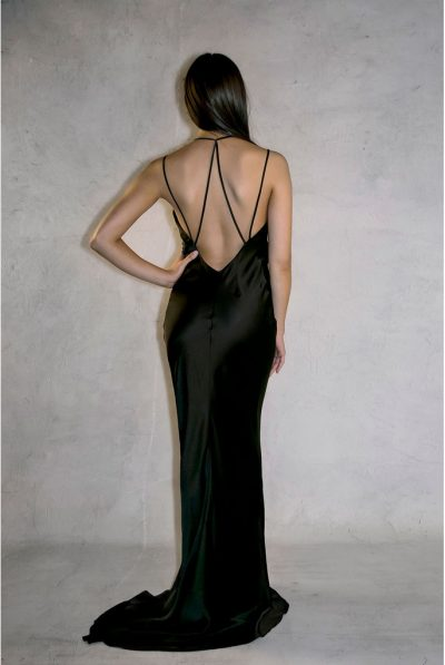 BACK OF DRESS979