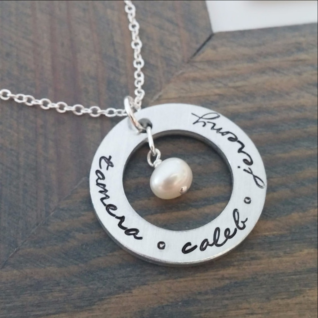 8f78371c3 Personalised Necklace with Kids Names