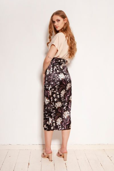 pencil-skirt-tied-with-a-sash-sp129-flowers (1)